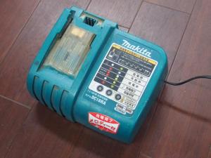 makita 充電器