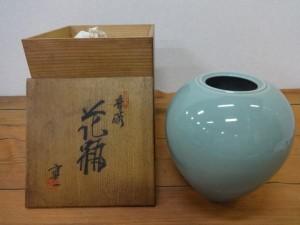 青磁の花瓶1