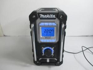 makita マキタ 充電式現場ラジオ MR108