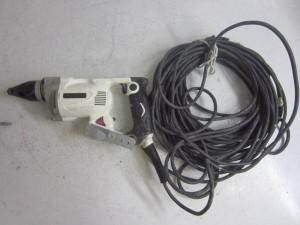 電動ドリル1