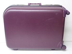 スーツケース1